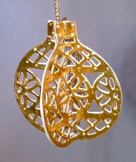 10-16-15 ornament full view