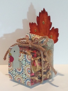 Turkey tiny treat box - side view