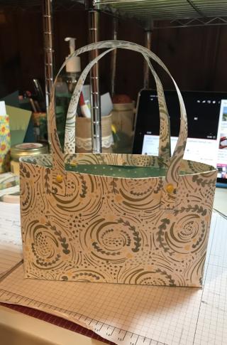 Lynne hecko purse